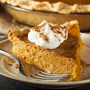 pumpkin pie, best pumpkin pie, easy pumpkin pie recipe, how to make pumpkin pie from scratch, pumpkin pie recipe without condensed milk, easiest pumpkin pie recipe