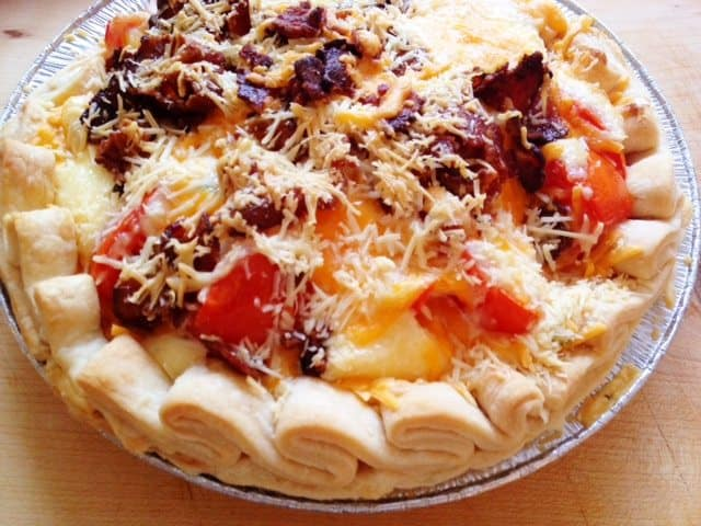 Simple 5 layer Tomato Pie