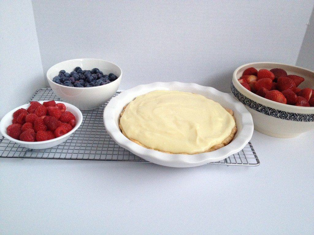 This amazing Vanilla Berry Tart is so easy to make, and looks so gorgeous, you will be asked to make it again and again. It's so delicious!
