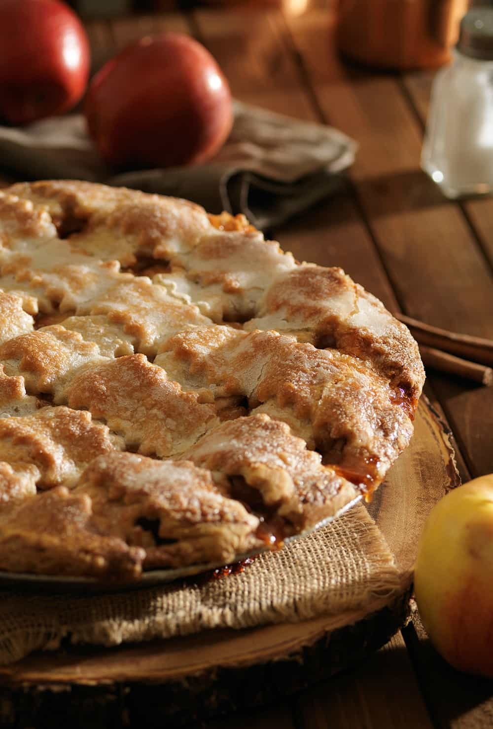 Mom's Apple Pie | The Ultimate Comfort Food