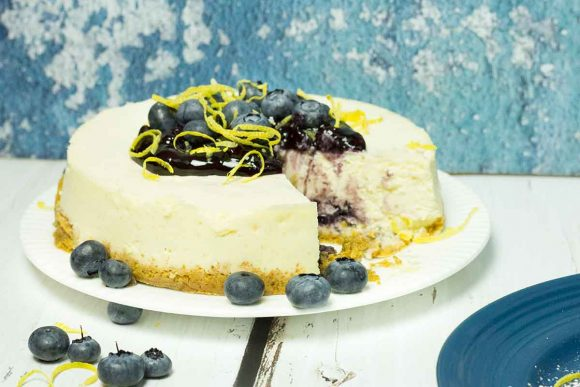 Crock Pot Lemon Blueberry Cheesecake