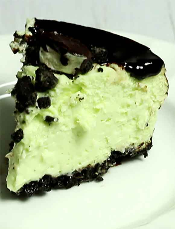 A Mint Chocolate Cheesecake made in an Instant Pot? That's right, this easy dessert recipe uses an Instant Pot to make the most scrumptious, creamy & decadent Mint Chocolate Cheesecake ever! Instant Pots or pressure cookers are revolutionizing the way we cook and bake! You will love this recipe based on This Old Gal's recipe. #cheesecake #instantpotcheesecake #mintchocolatecheesecake #thisoldgal #easyrecipes #bestdesserts #instantpotmintchocolatecheesecake #youcanliverichonless