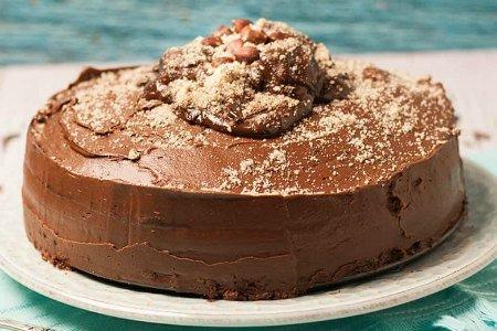 Chocolate Fudge Cake | Oh So Decadent!