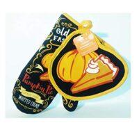 B'Dazzled 2 Geaux Pot Holder and Oven Mitt Set: Old Fashion Pumpkin Pie Theme