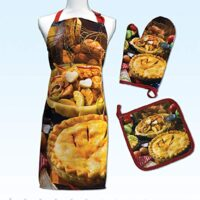 Springbok Apple Pie Adjustable Kitchen Apron, Oven Mitt and Pot Holder Set